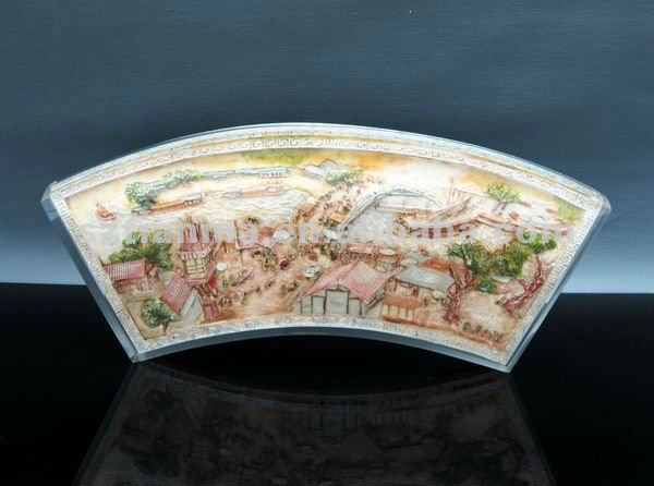 Transparent Resin Craft with Embosment of Riverside Scene at Qingming Festival