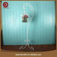 The street light type design white metal hanging plant stand