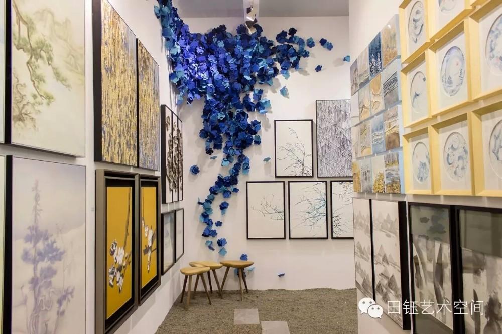 Fabric handmade beautiful flower painting interior decoration items. Fabric Handmade Beautiful Flower Painting Interior Decoration