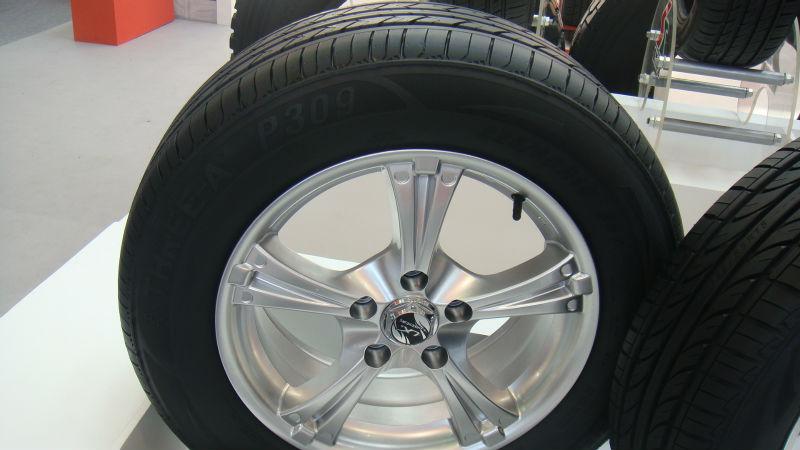 China Economic Car Tire, Passenger Car Tyre 165/70r13 175