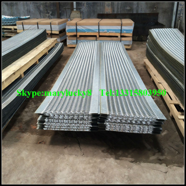 Anti Skid Perforated Stair Treads/Safety Stair Treads/non Slip Safety Tread