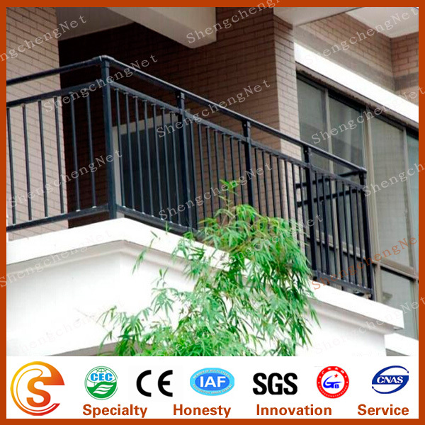 Simple and elegant house design railing modern balcony for Modern balcony railing design