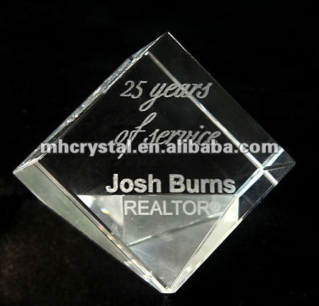 Engraved Crystal Cube Paperweight MH-F0240