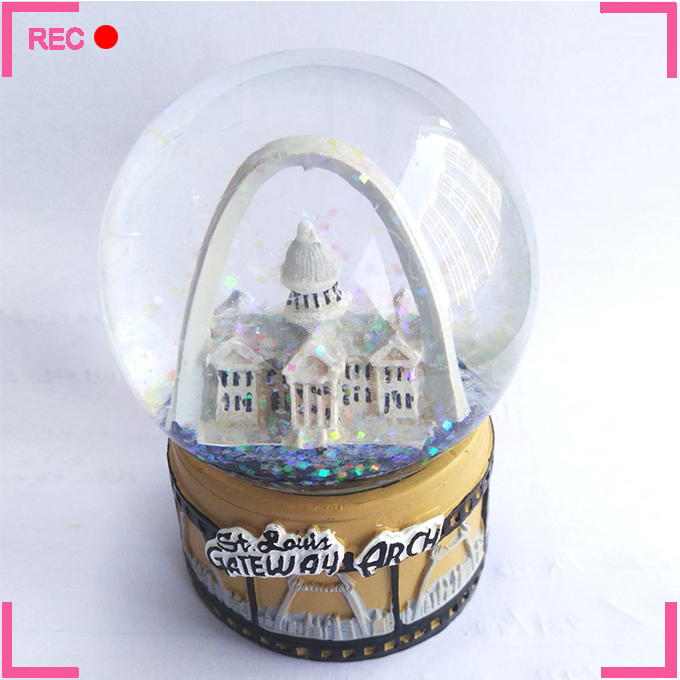 Kids snow globes wholesale, for gifts custom made snow globes