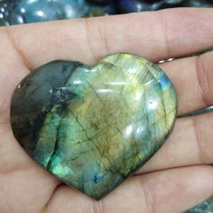 Wholesale Natural Polished Heart Shaped Quartz Crystal Labradorite Rock Stone Heart