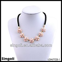 2014 chic pink printed flower indian diamond necklace design hollow gold jewelry leather cord choker necklace alibaba.com france