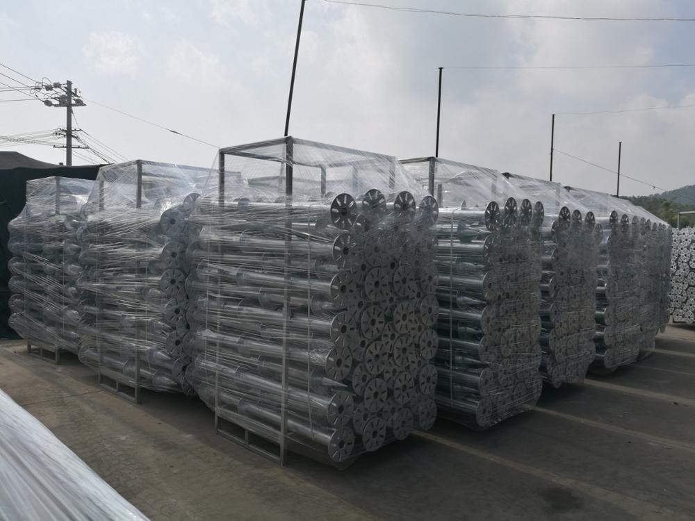 Ground Screw Solar Panel Mounting Structure Solar Farm