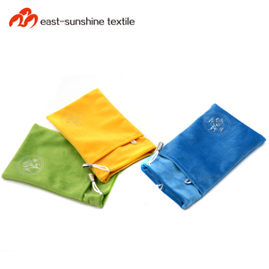 Simple style wholesale christmas gift microfiber smartphone pouch with high quality