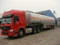 Crude Oil Transport Truck