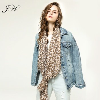 2019 New Collection Leopard Printed Cotton Long Scarf Women Hijab Lightweight Fashion Ladies Shawl Stole Echarpe Foulard