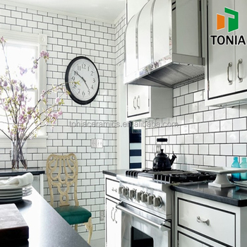 75x150mm 100X200mm Small Size Black And White Subway Bathroom And Kitchen  Wall Tile