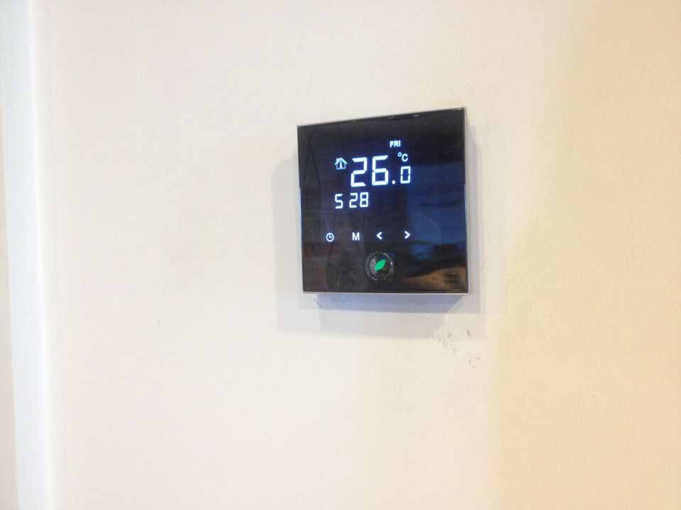 Touch Screen Underfloor Heating Thermostat Hl2028 Buy