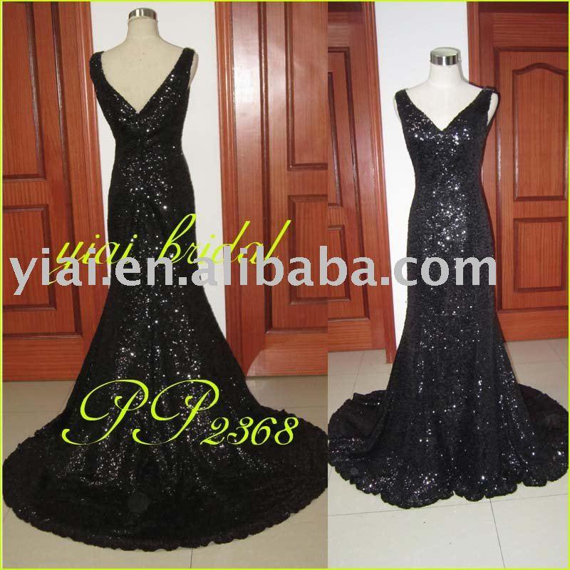 Черное блестящее длинное платье