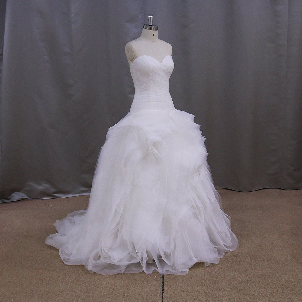 Organza pleated bodice and ruffled puffy skirt tiered for Tiered ruffle wedding dress