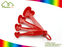 Kitchen baking tools 4pcs plastic heart shape measure cups measuring spoons set