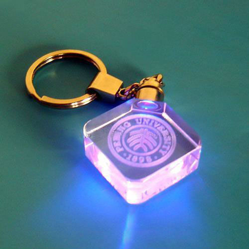 2015 new arrival 3d LED light cheap glass keychain