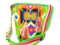 Mochilas wayuu, colombian bags, made by indigenas