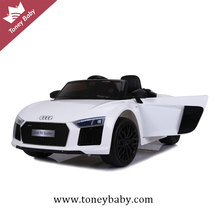 Best price licensed Audi R8 kids electric toy cars for kids with cheap price