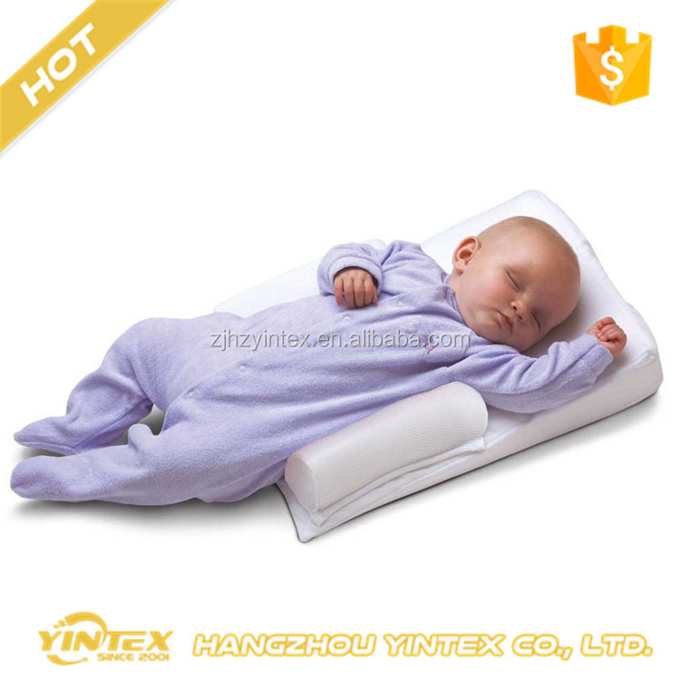2017 factory price Safe Lift Universal Crib Wedge and Baby Wedge Pillow