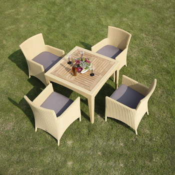 Wholesale Outdoor Rattan Wicker Furniture 4 Chairs Poly Rattan