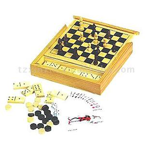 5 In 1 Game Set with chess checker dominos and playing cards 8210