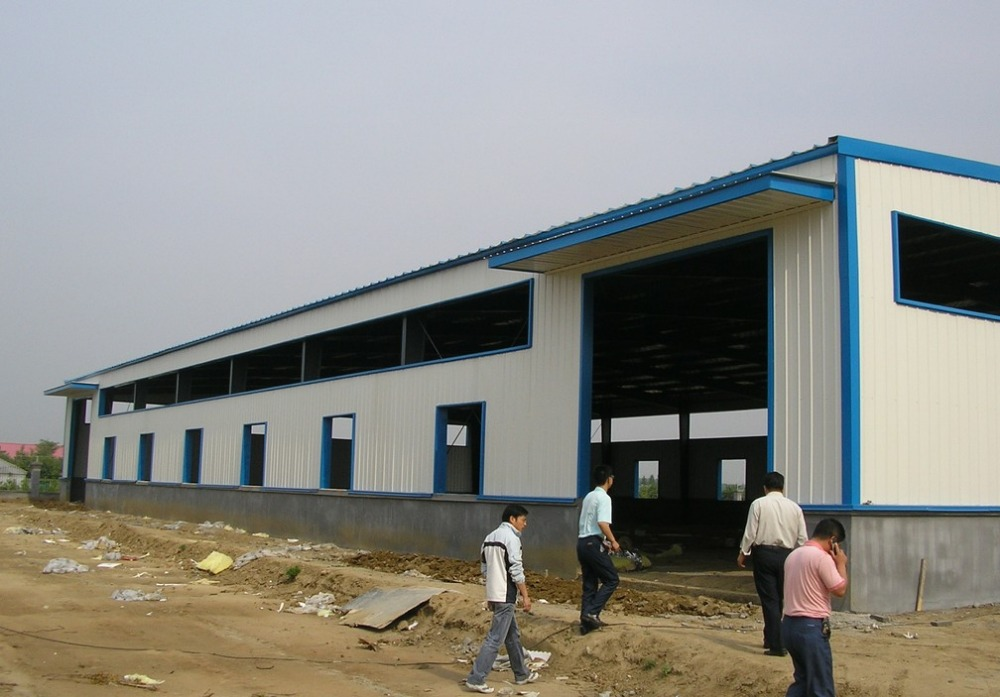 steel structure warehouse construction companies heavy construction equipment