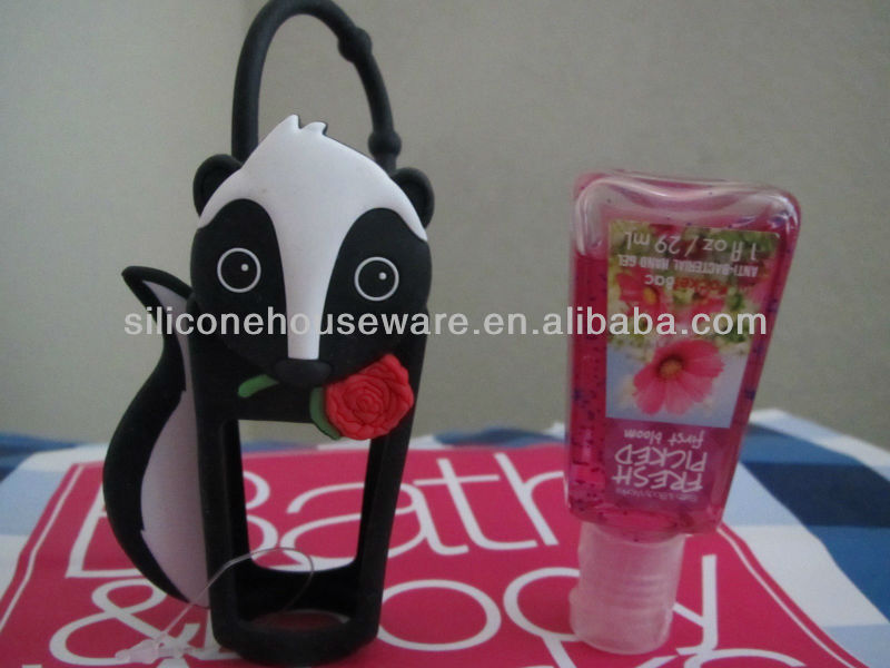 Bath and Body Works Pocketbac Hand Sanitizer Gel and Black Skunk Holder