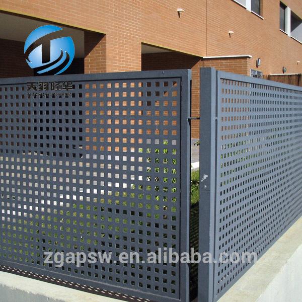 Tylh balcon de chapa perforada en hierro lacado malla de cord n de acero identificaci n del - Chapas metalicas decorativas ...