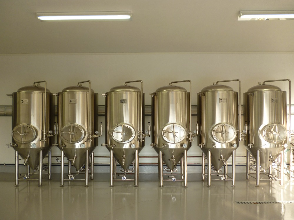 fermenters with four legs