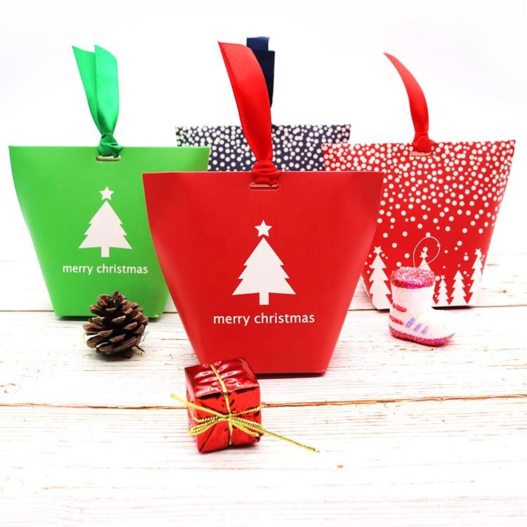 Özel Yaratıcı Noel Ağacı Logosu Katlanabilir hediye Mevcut Şeker Kurdele ile Küçük Kağıt Torba Ambalaj