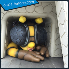 inflatable art installation / inflatable bumble bee model