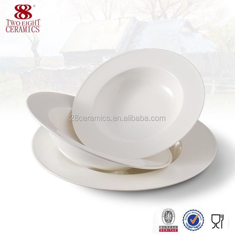 Uzbekistan Porcelain Vintage China Ctp Scalloped Soup Plates