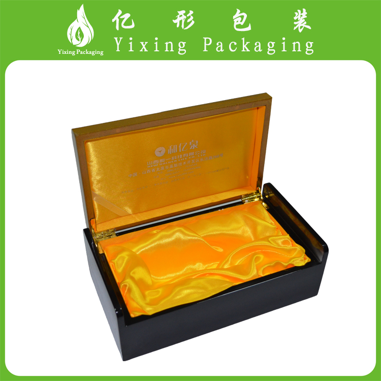black lacquer finish luxury wooden gift box