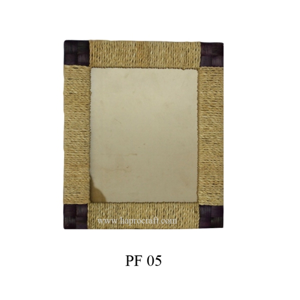 Picture frame in Vietnam (PF 05)