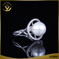 Alibaba French China high quality Cubic Zirconia engagement pearl ring