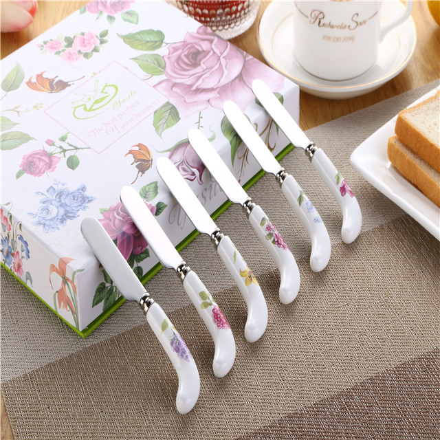 7pcs  Porcelain handle cheese Knife with spreaders with gift  box