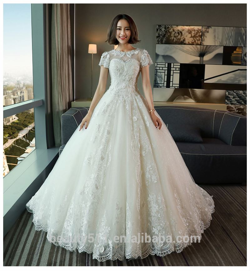 Modern Short sleeves Scoop fantastic white Court train bridal gown TS68