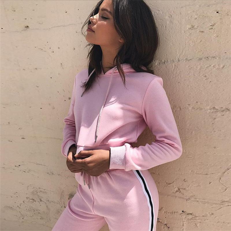 2018ใหม่ผู้หญิงสไตล์ยุโรปเสื้อผ้าขายส่งสองชิ้นชุดกีฬาจีนโรงงานเสื้อผ้าอินเทรนด์สุภาพสตรีเสื้อผ้า