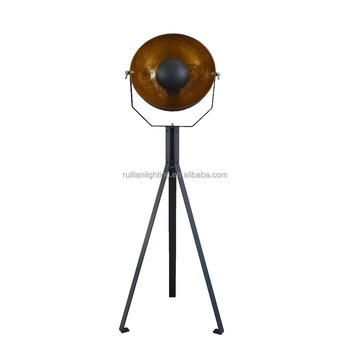 New design Europe Classic vintage tripod black / gold floor standing lamp for home decor