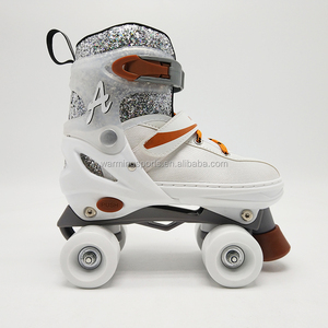 Outdoor Sports Kids Skating Shoes Sequins Upper White Color Adjustable Quad Roller Skates