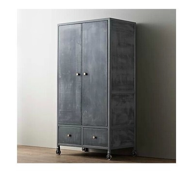 fran ais loft industriel fer roues fer forg armoire armoire grande armoire placard fer m tal. Black Bedroom Furniture Sets. Home Design Ideas