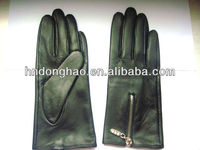 Real leather glove with zipper glove