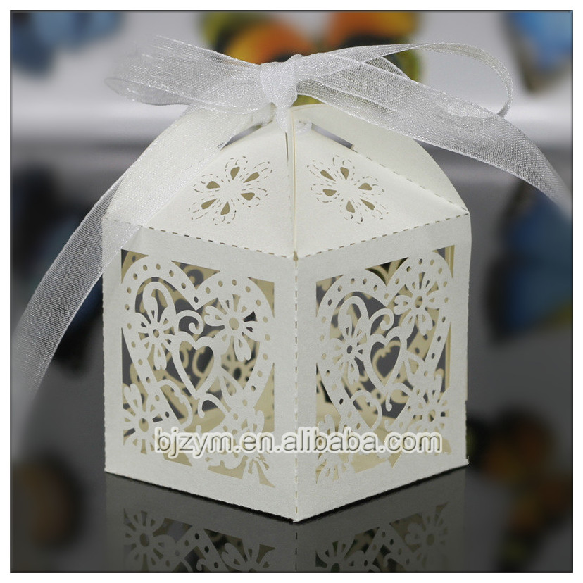 Laser cutting heart pattern Candy Box Chocolate Packaging Boxes for wedding birthday party