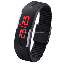 MOQ 100pcs in Your Logo fashion silicone led watch,silicone wristband watch