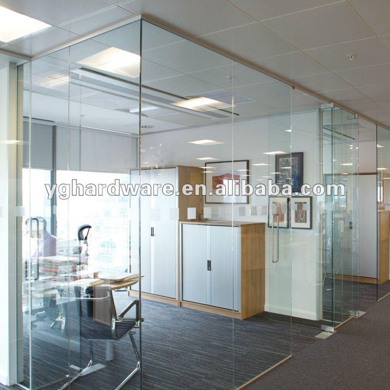 Oficina de puertas de vidrio templado cristal de for Oficinas western union en barcelona