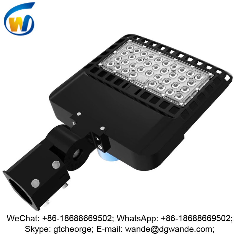new design custom 100 watt led street light in India