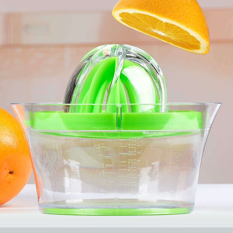 2018 New arrival plastic multifunctional manual lemon lime squeezer with ginger grater