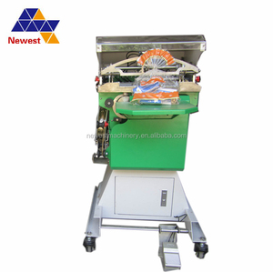 South korea Pneumatic working bread gift packing machine