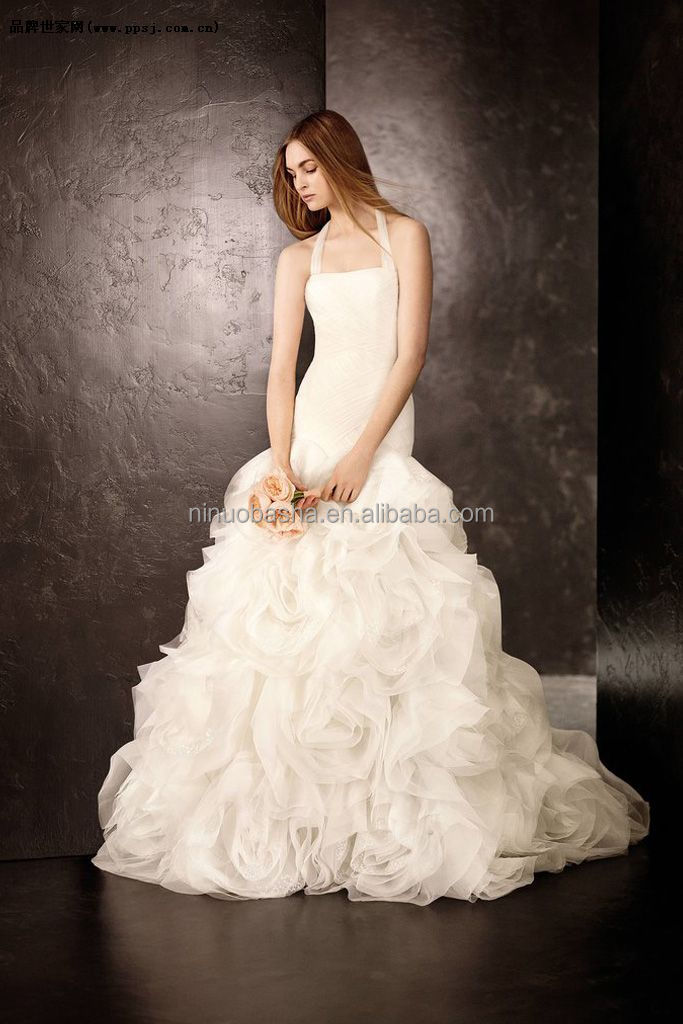 New Model 40 Ball Gown Wedding Dress Patterns Halter Long Tail Gorgeous Wedding Gown Patterns