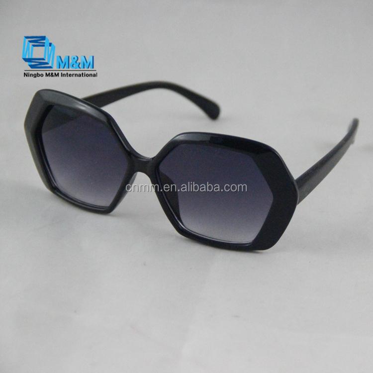 51dc2812aa Catálogo de fabricantes de Moda Gafas De Sol de alta calidad y Moda Gafas  De Sol en Alibaba.com
